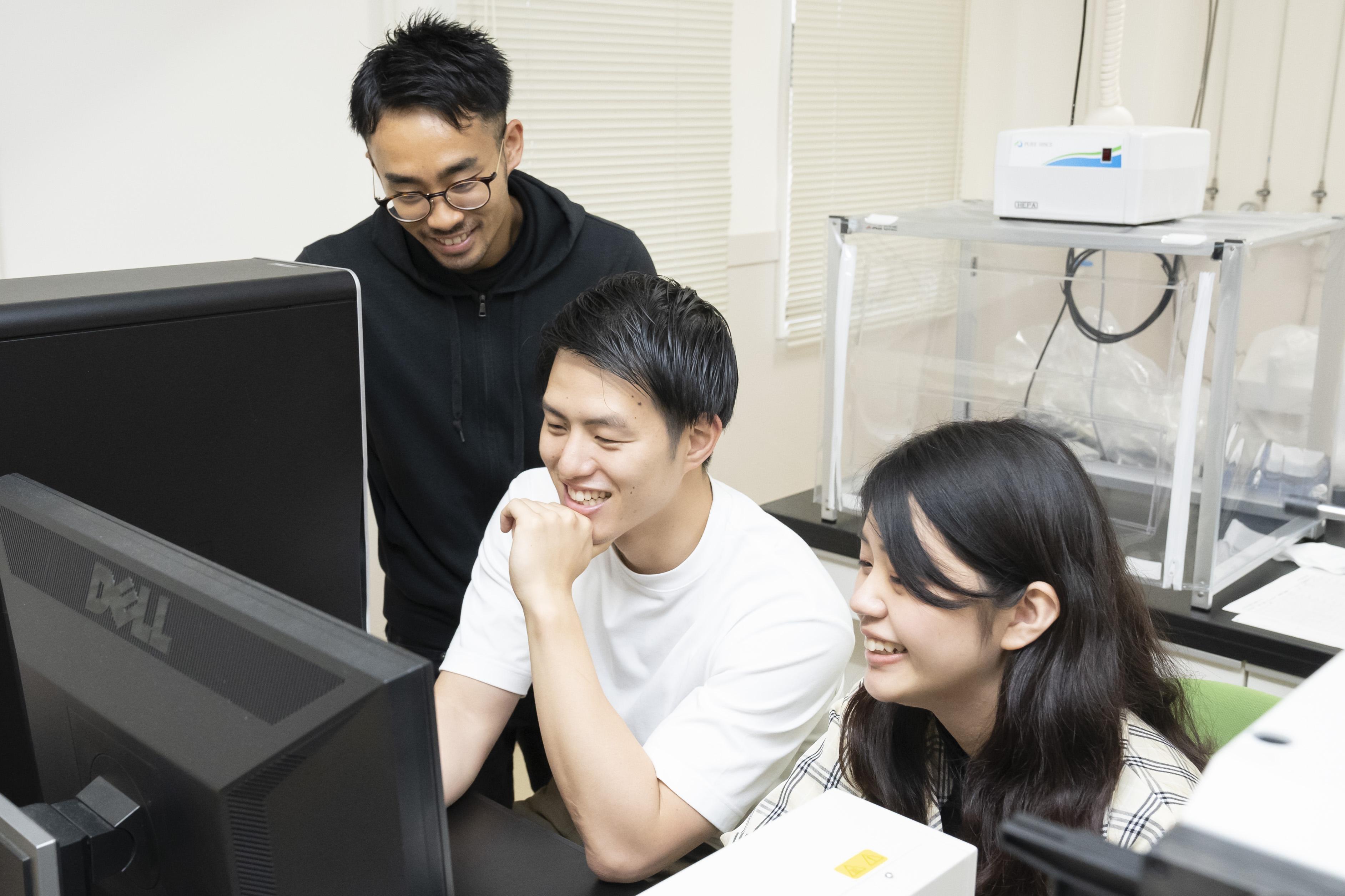 研究室風景_鹿田先生2