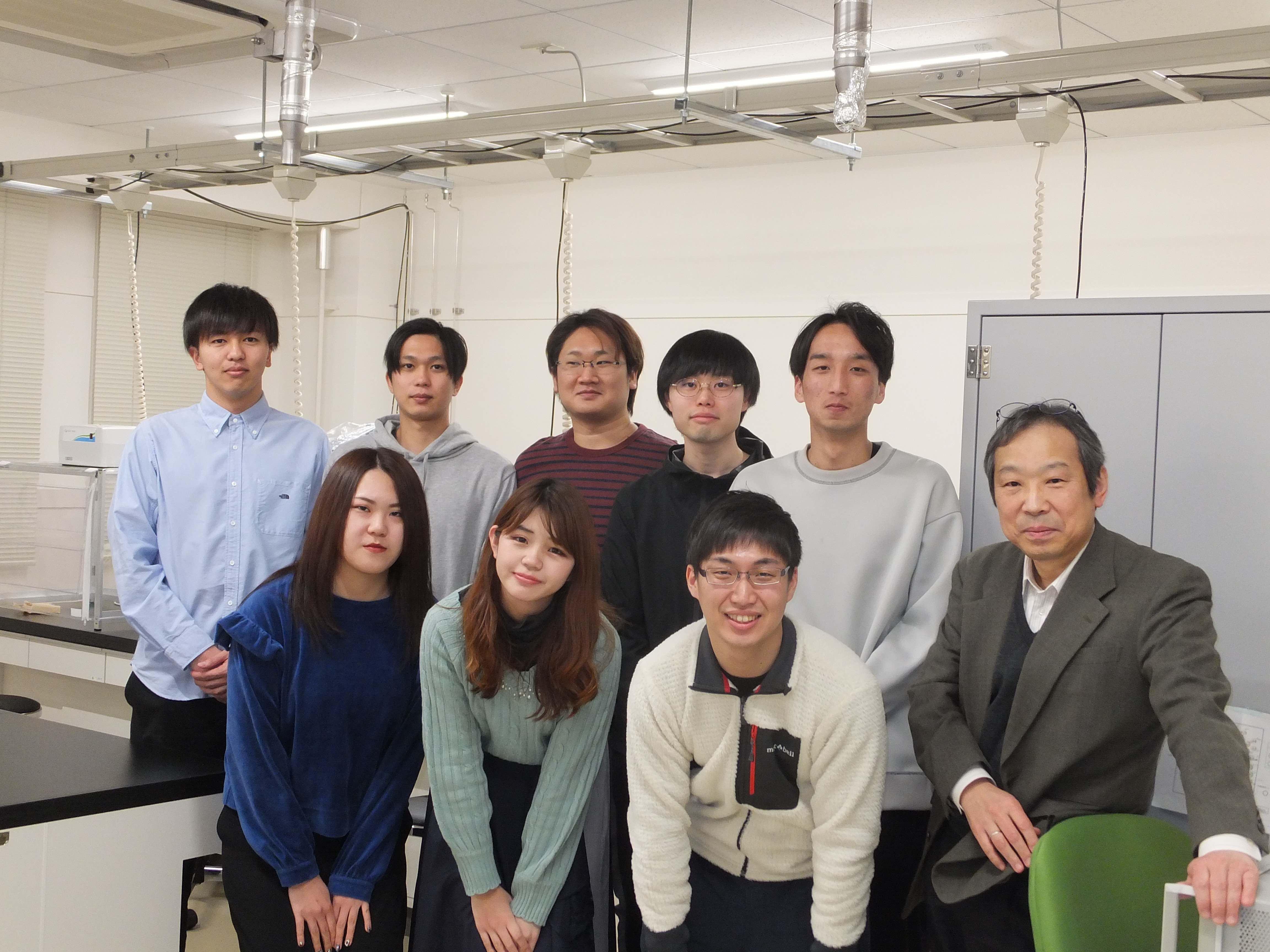 研究室風景_鹿田先生3
